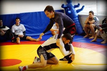 Занятия MMA в Белом Лотосе