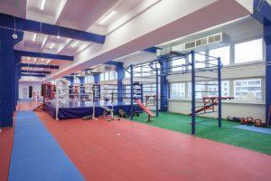 Зал кроссфит и общей подготовки центра единоборств Белый Лотос
