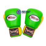 Экипировка - перчатки боксерские